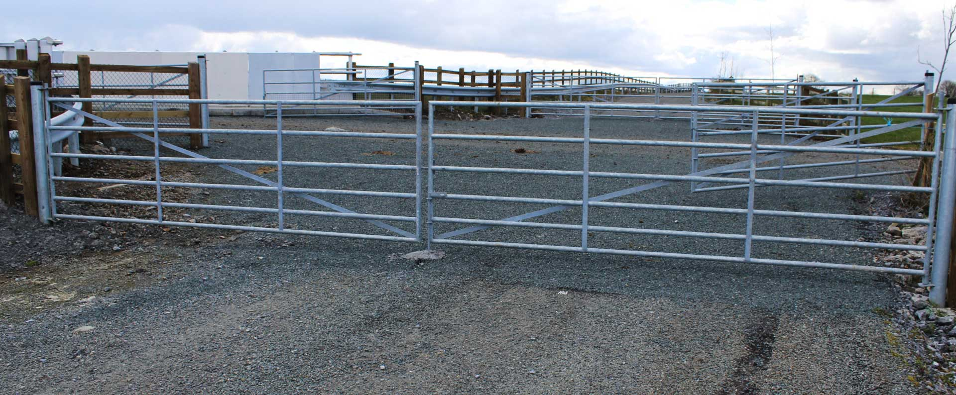 Double Gates Livestock