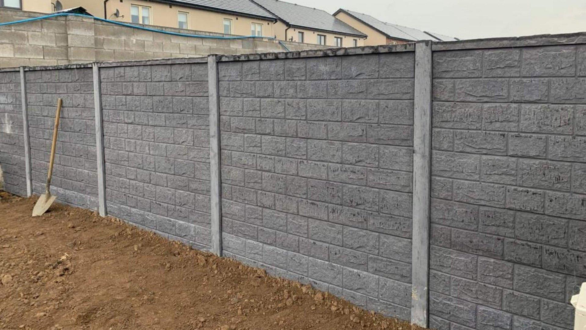 Concrete Post with Concrete Panel