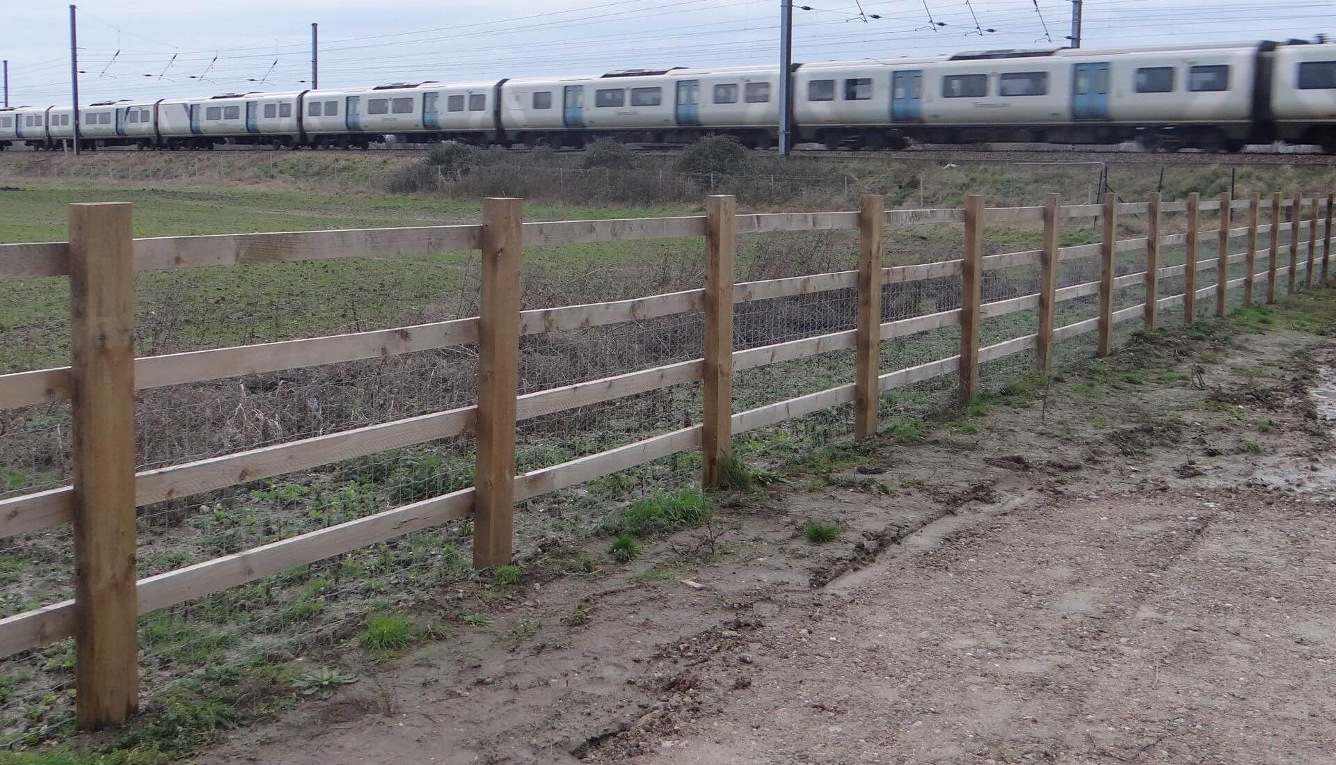 A14 Cambridge to Huntingdon Fence Timber Post Rail